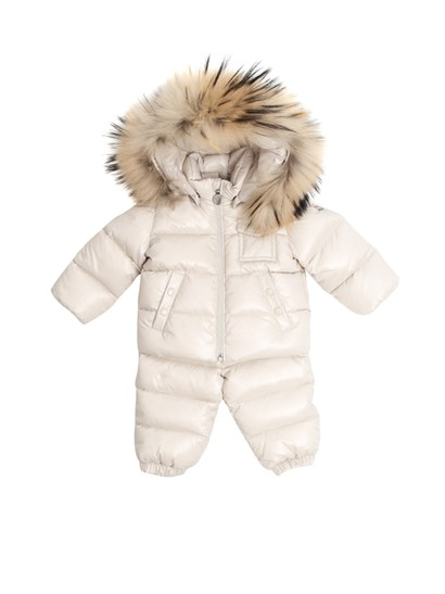 Beige padded suit. Down jacket with detachable hood, side slit pockets, elastic wristsband, removable fur insert; pants with waist and ankles elastic band, removable suspenders. - Moncler Jr - Remy padded suit